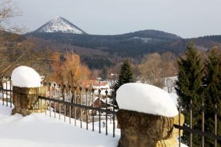Pohled na horu Klíč od kostela v Polevsku