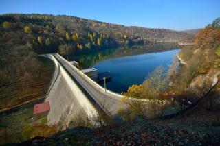 Klíčavská přehrada postavená v 50. letech 20. století jako zásobárnou pitné vody pro Kladno. (foto M. Majer)