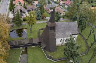Kostel v Kočí z ptačí perspektivy