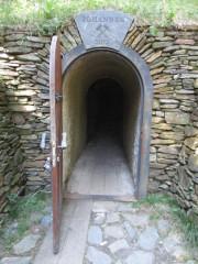 Vchod do dolu Johannes odvodňovací štolou