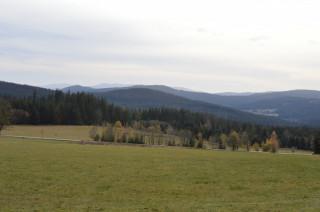 Ze Šumavy výhled až na Alpy