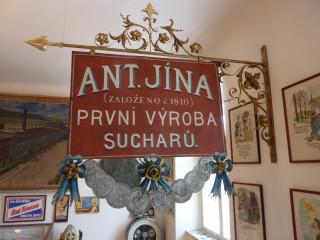Firma Jína vyráběla svoji delikatesu od r. 1810
