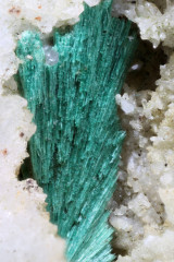 Malachit (2-3 mm)