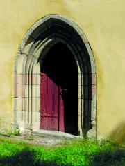 Lomený portál kostela sv. Havla
