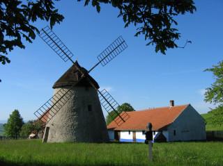 Větrné mlýny vheraldice obcí