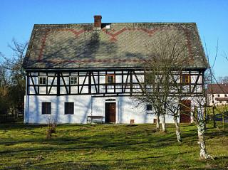 Opravený hrázděný dům v Pertolticích