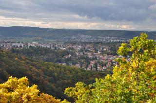 Pohled z vyhlídky Břežanským údolím na Zbraslav
