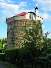 Bývalý větrný mlýn v Arnolticích