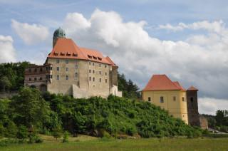 Hrad a zámek Libá - celkový pohled