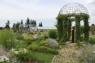 Pohled do nitra Bílé zahrady