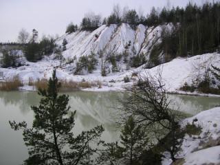 NS - plavírna 1 km severně od Horní Břízy
